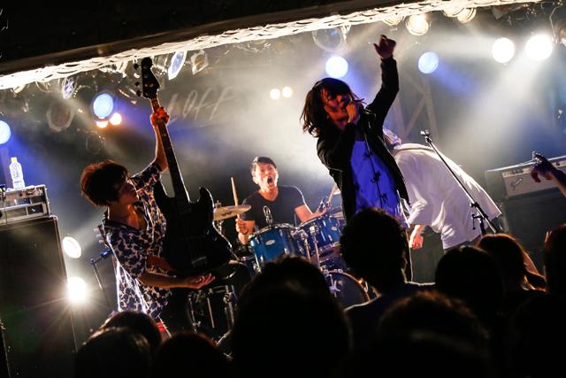 感覚ピエロ 8」ライブレポート!感覚ピエロ/四星球/魔法少女になり隊/ONIGAWARA 感覚ピ